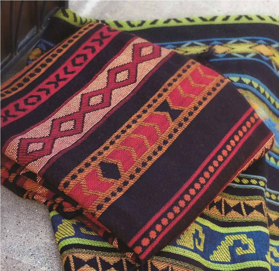 Rubio Red or Blue Throw blanket