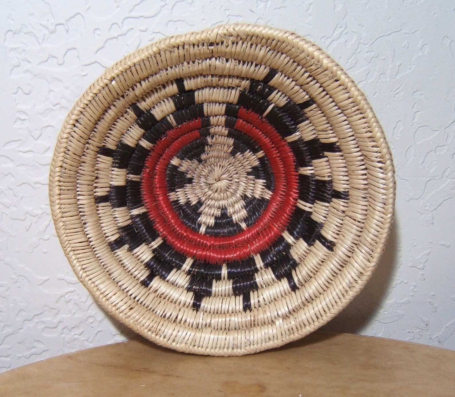 Traditional Native American Basket Weaving : Native american indian baskets navajo hopi