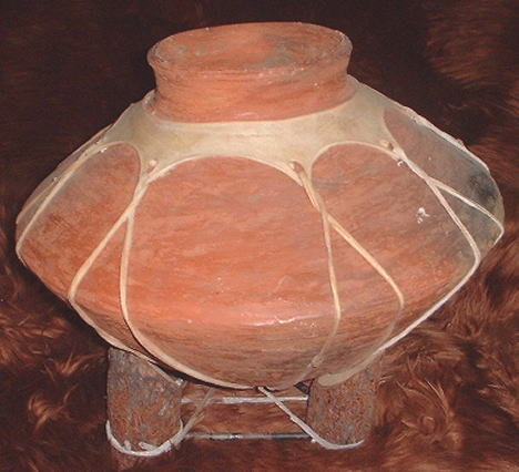 Light Tarahumara Pot